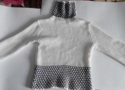 Продам вязаный свитер